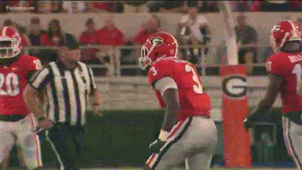 Priceless football items stolen from Roquan Smith on ...
