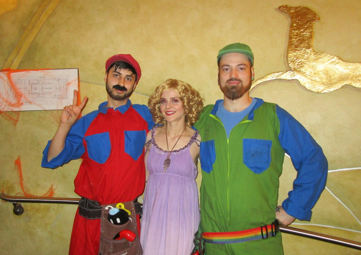 Smb Movie Archive On Twitter Mario Luigi And Princess Daisy