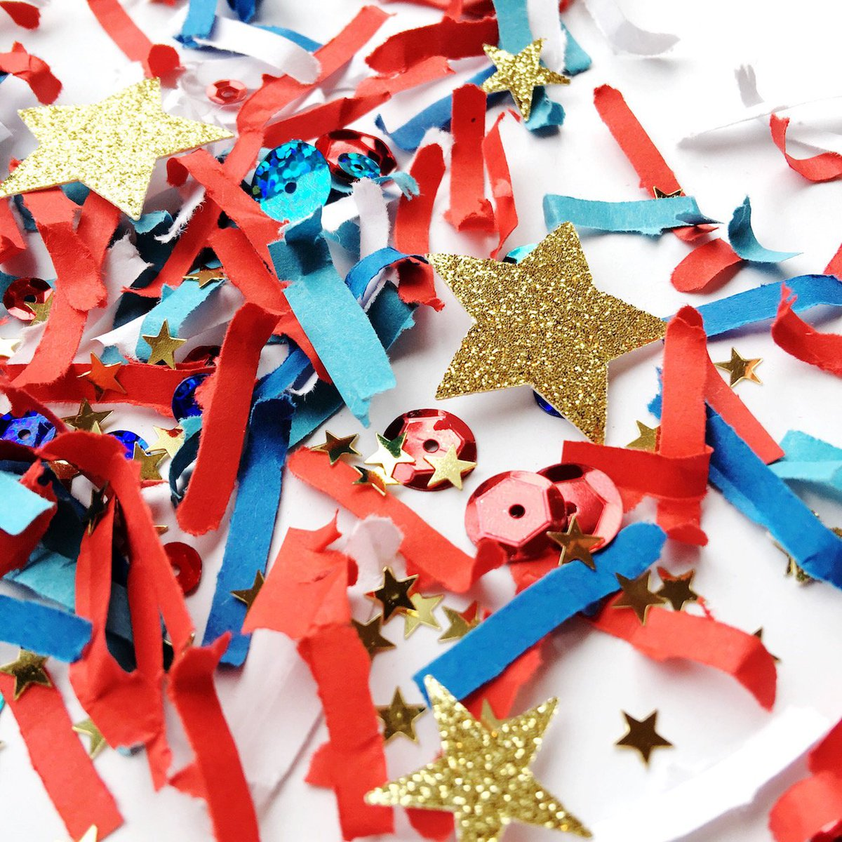 fec330cda80a17 You can join in the celebration of the Royal Wedding with this Festive  Fetti Confetti. This red and blue confetti mix will be the perfect party  decoration ...
