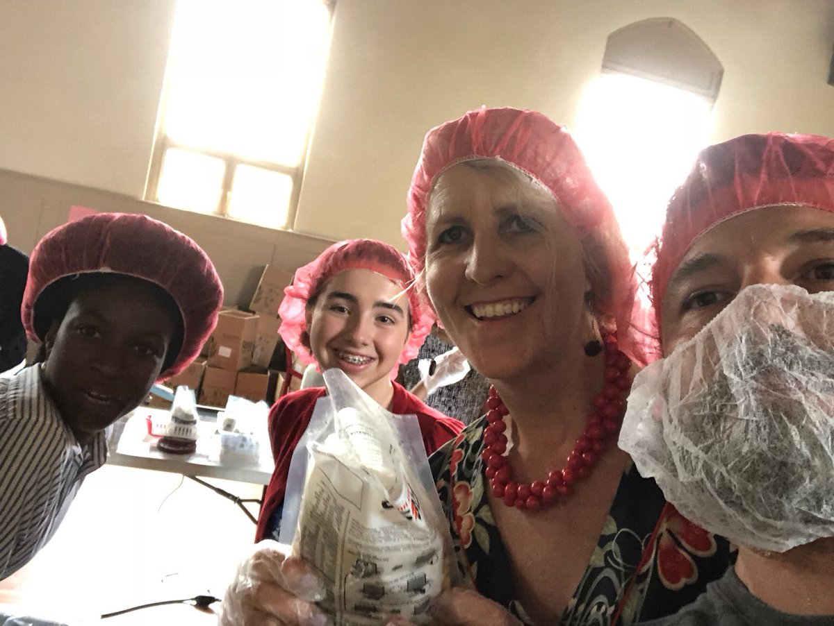 Boxed up 15,000 meals with Rise Against Hunger today. Learn ways to get involved: https://www.riseagainsthunger.org/ @Rise2030