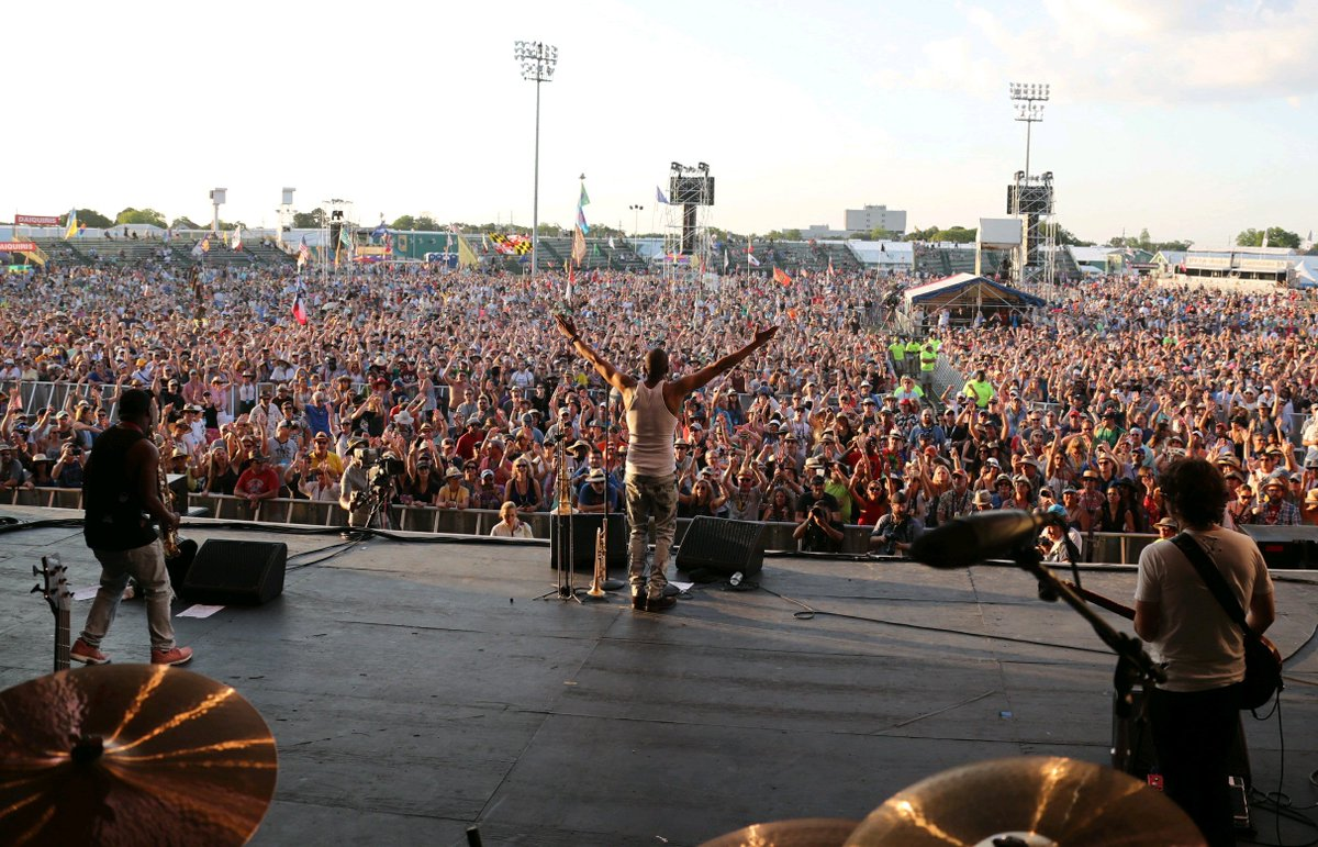 New Orleans Jazz Fest 2018 >> New Orleans Jazzfest On Twitter Tromboneshorty Close Out The