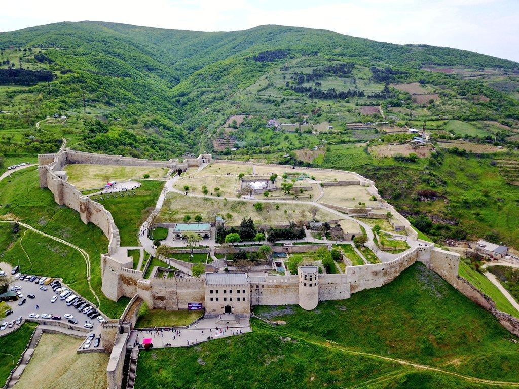 Архитектурный комплекс «Цитадель «Нарын-Кала»