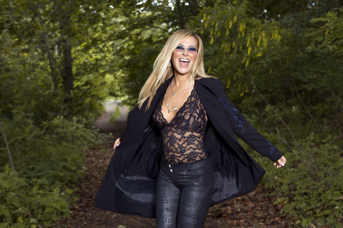 Questa sera l#EvolutionTour di #Anastacia fa tappa all@AuditoriumPdM di Roma! Porte h 20:00 Lauren Ray h 20:40 Anastacia on stage h 21:30 ** biglietti disponibili in cassa **