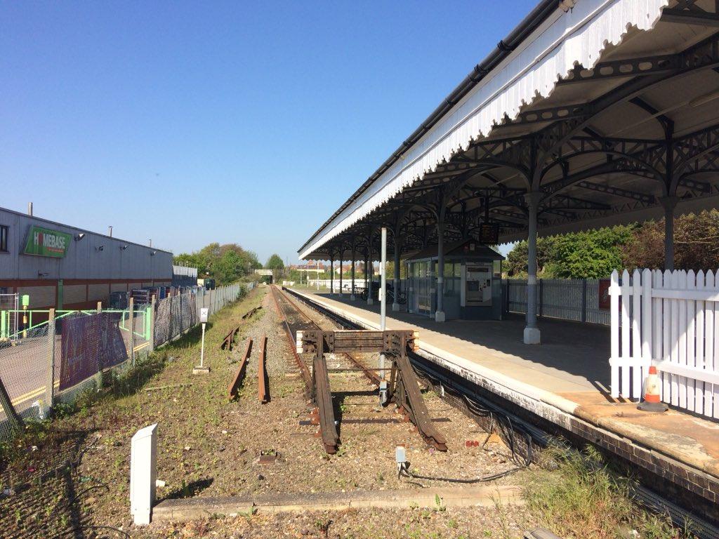 DclSOyQX0AAWMkF?format=jpg - Tinpot Railways: Terminal decline #3