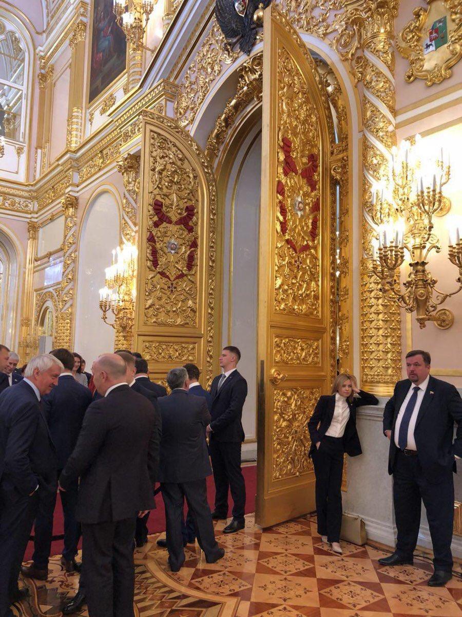 """Питерские стритартеры """"поздравили"""" Путина с инаугурацией """"Лебединым озером"""" - Цензор.НЕТ 738"""