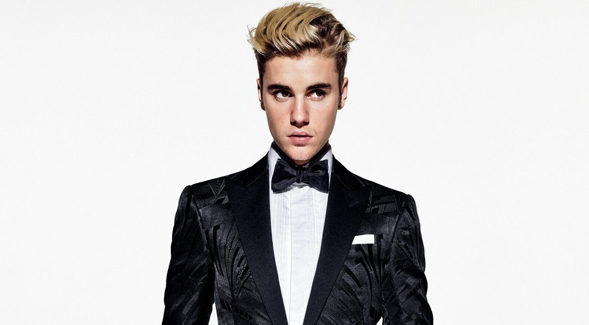 justinbieber has surpassed 18 BILLION views across all official channels on  YouTube. He is the most viewed artist in HISTORY.pic.twitter.com/ItbM6AoF3S