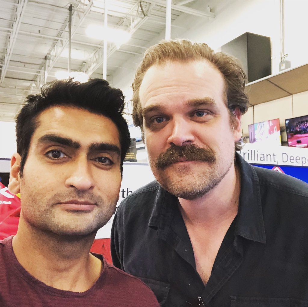 David Harbour DcnAeqqU8AABeOS