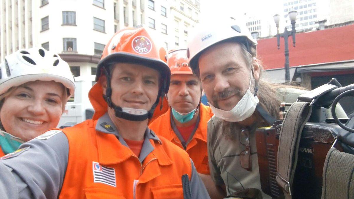 Boa tarde aos nossos seguidores este é o senhor Abiatar Arruda cinegrafista, que captou o Sgt Diego durante a tentativa de salvamento a vítima no incêndio/Desabamento.