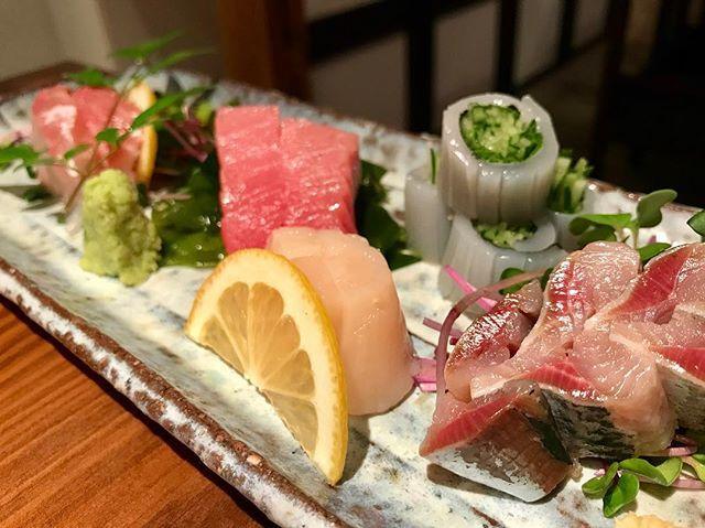 日本人だからね〜^ ^ やっぱり、美味しいお刺身に癒される(๑・̑◡・̑๑) #和食 #夕食 #日本食 #お刺身 #お寿司屋さん #盛り合わせ #癒し #美味しい #dinner #japanese #japanesefood #osashimi #delicious #deliciousfood #foodstagram #dinnerstagram