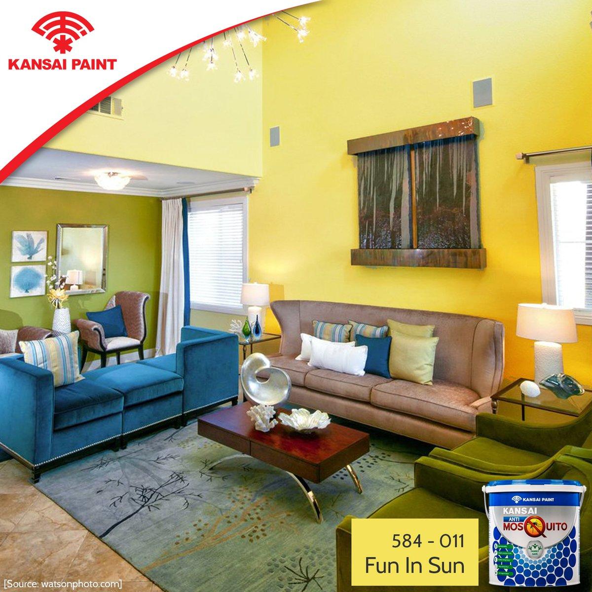 Hadirkan Warna Lain Pada Elemen Pengisi Ruangan Seperti Bantal Sofa Dan Beberapa Hiasan Yang Menjadi Pemanis Di Ruang Tamu Agar Semakin