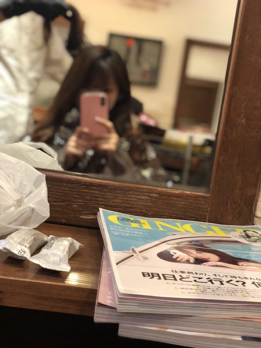 まぁ、こーなるか😅  #iPhoneX #ポートレートモード #ヘアサロン #髪暗くしてます