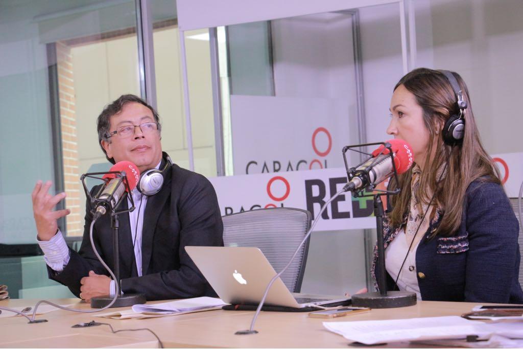 #6AM   Mi proyecto político es para 10 años o más: @petrogustavo  ---> #PetroEnCaracolMás https://t.co/7PxvrJbQto