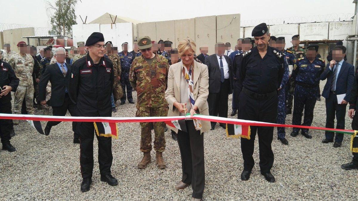 جهود التحالف الدولي لتدريب وتاهيل وحدات الجيش العراقي .......متجدد - صفحة 2 DcrBTJ7X4AEE4x1