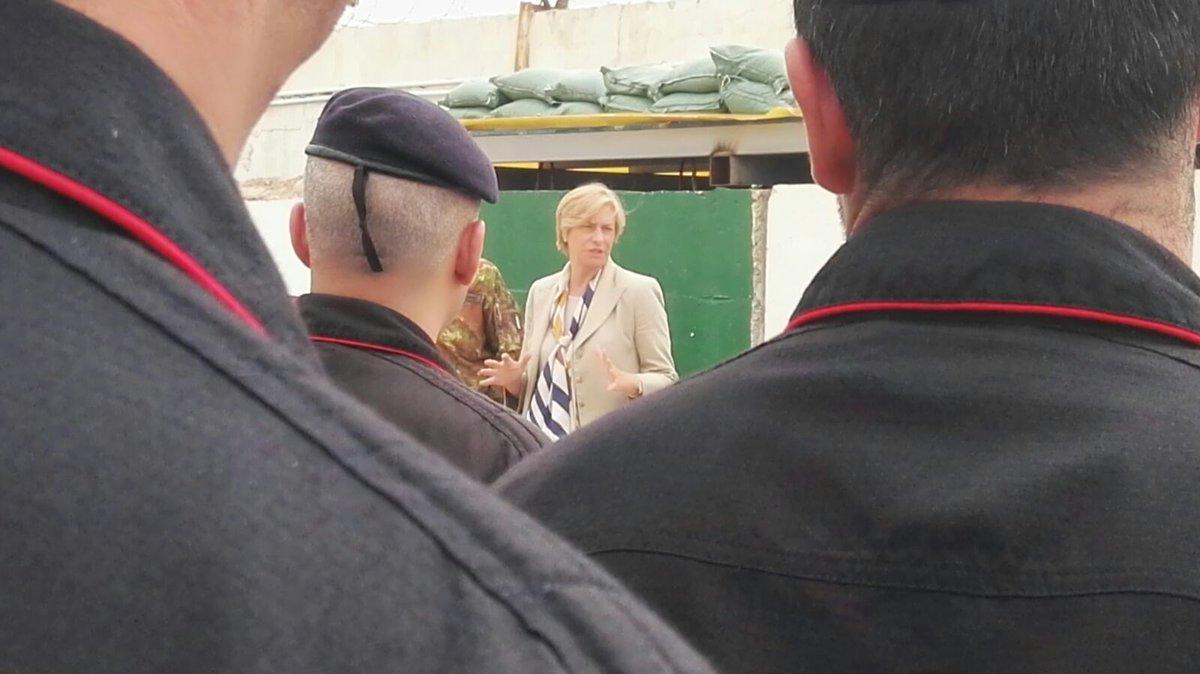 جهود التحالف الدولي لتدريب وتاهيل وحدات الجيش العراقي .......متجدد - صفحة 2 DcrBUO-XkAAEveh
