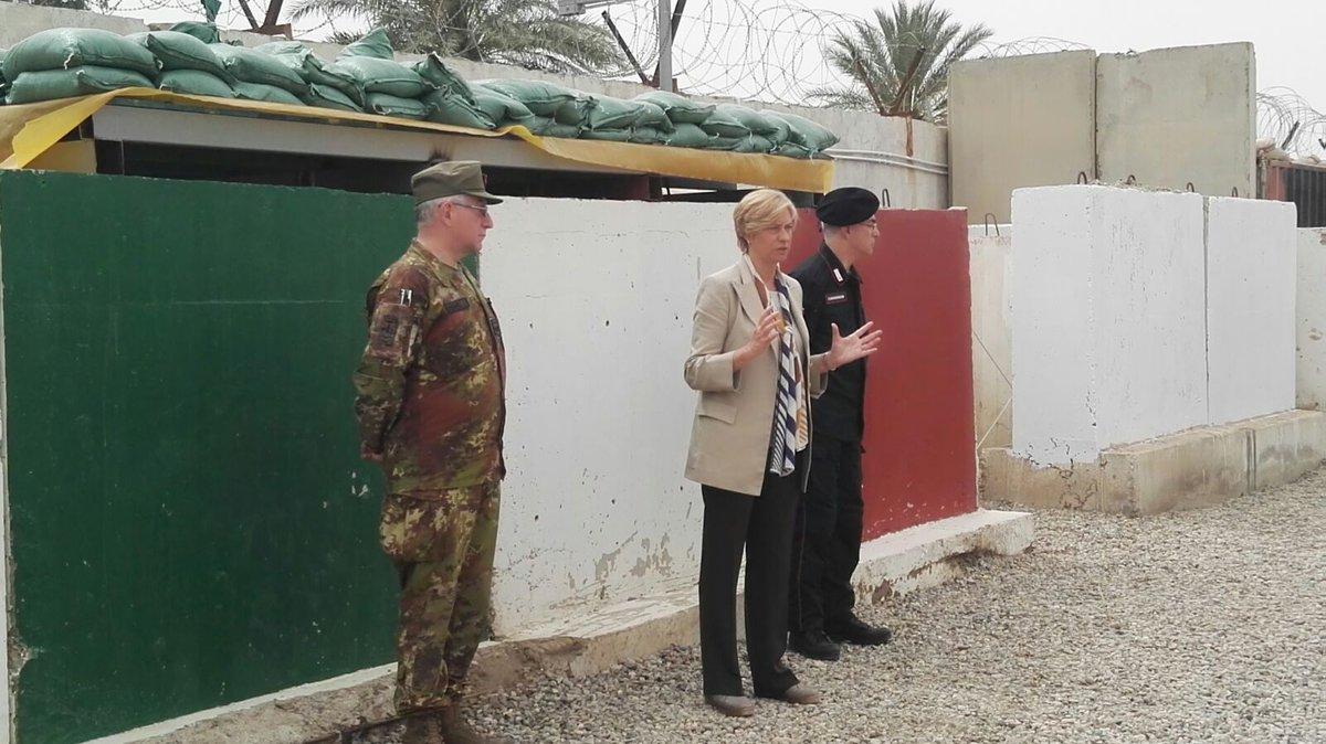 جهود التحالف الدولي لتدريب وتاهيل وحدات الجيش العراقي .......متجدد - صفحة 2 DcrBV3yX0AIV5OS