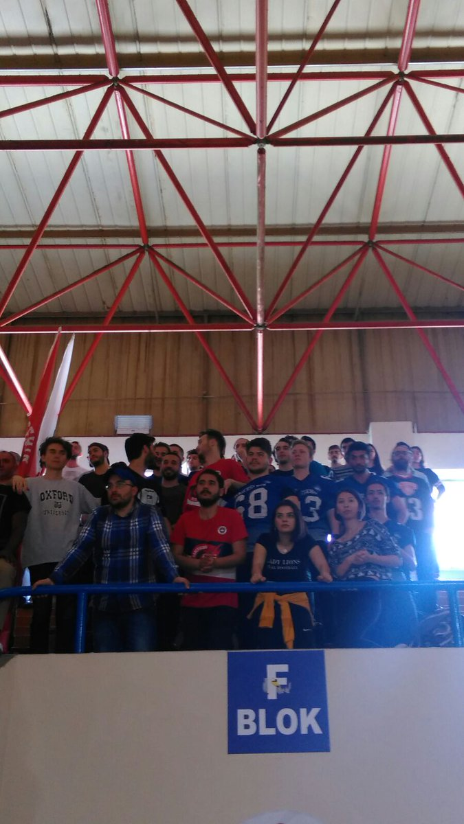 RED DRAGONS YARI FİNALDE !!  MAÇ SONUCU: Bahçeşehir Koleji: 74 - Antalyaspor: 66 ! Destek veren kulüplerimize teşekkür ederiz! @EnverYucel