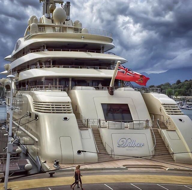 Breezeyachting Swiss S Tweet Dilbar Is The Largest Yacht In