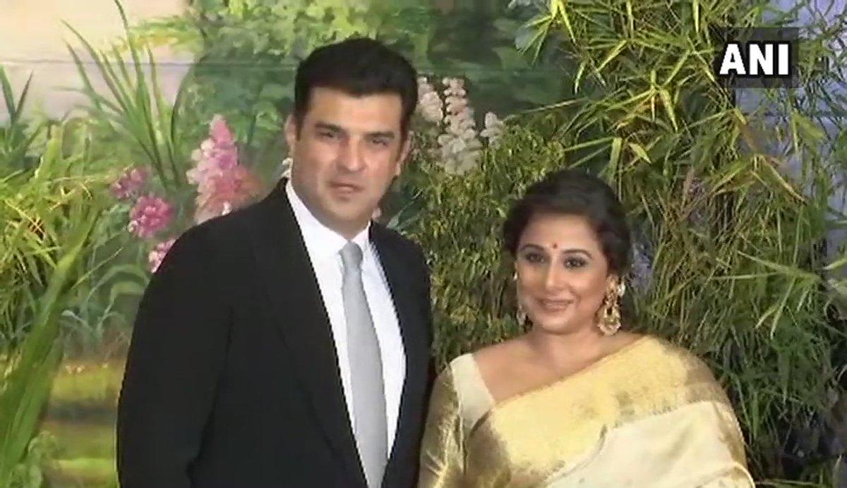 Ani On Twitter Karisma Kapoor Saif Ali Khan Kareena Kapoor