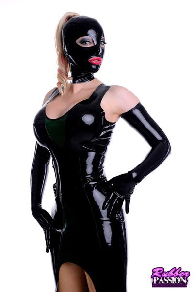 Latex Lucy Nude Photos 48