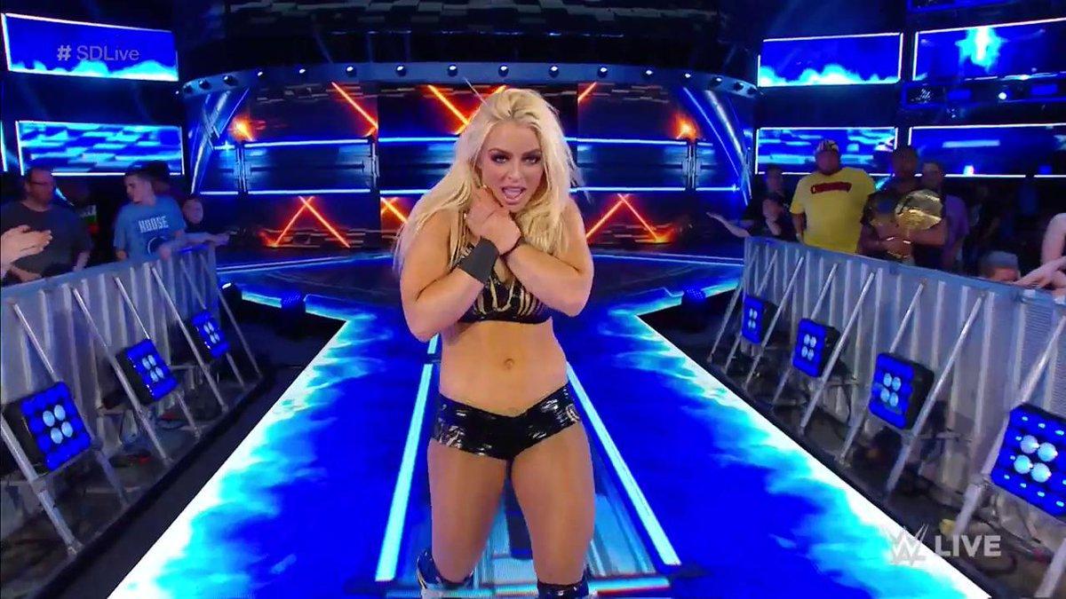 Lynch porno becky WWE Becky