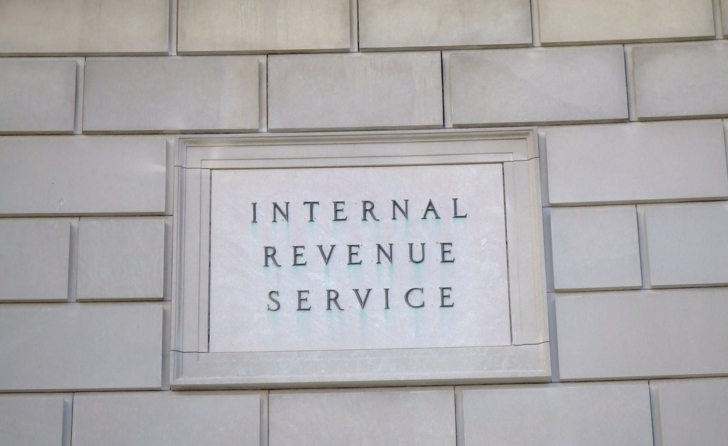 17 red flags that will still get you audited by the #IRS https://t.co/MCC4Vf4Q72 #taxes https://t.co/4rIQtB3E6d