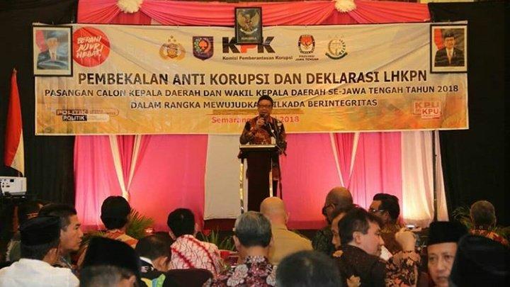 Hasil gambar untuk Menteri Dalam Negeri Tjahjo Kumolo hadir di acara pembekalan anti korupsi di Semarang Jawa Tengah