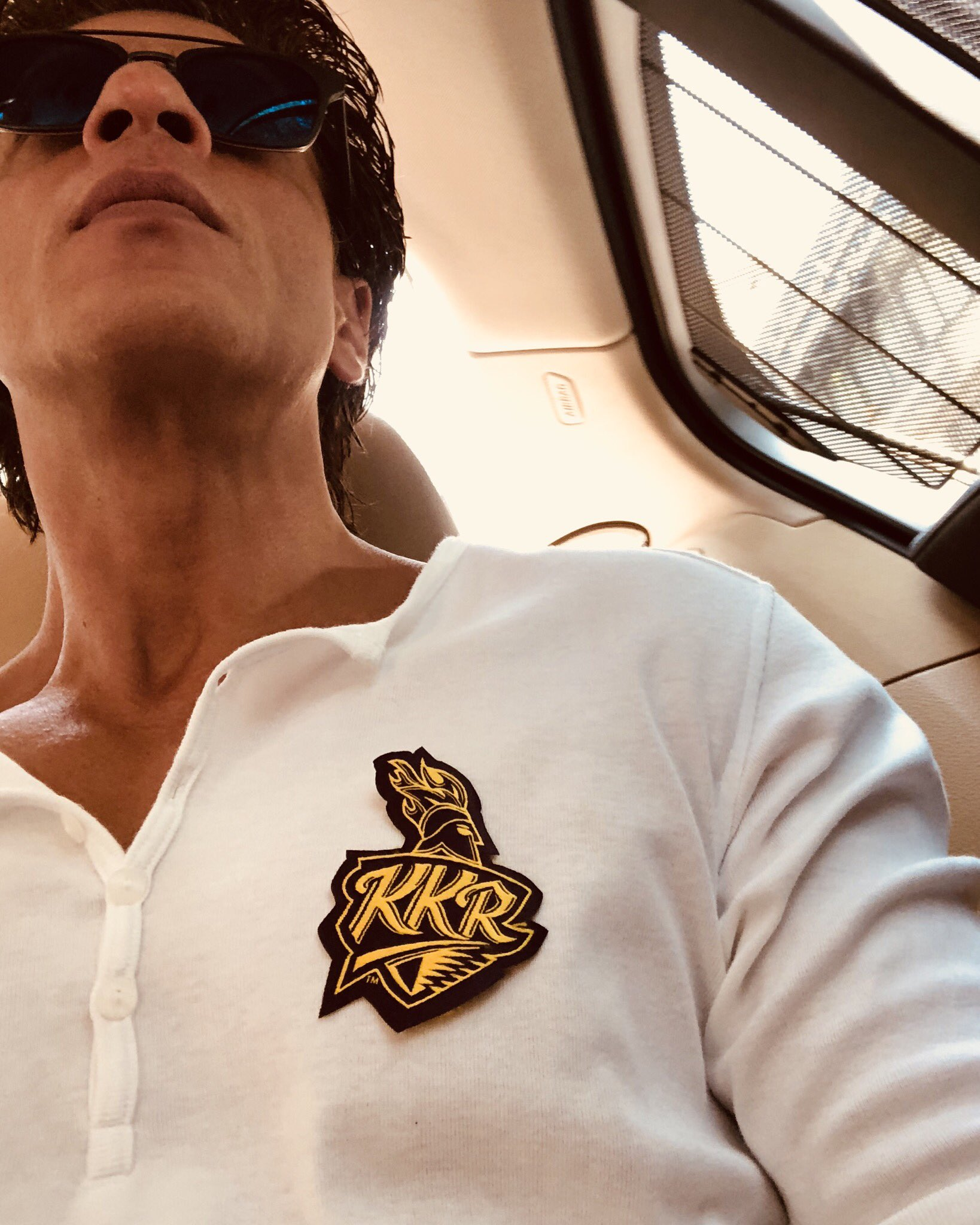 Kolkata see u at Eden. Let today's cheer be the loudest for KKR. https://t.co/oEtKwYFR88