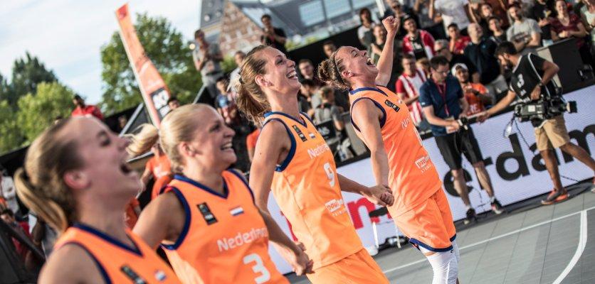 """Met trots presenteren wij het Topsport Amsterdam Jaarverslag 2017  """"In de namiddag op 9 juli 2017 kwamen alle facetten van de bedrijfsvoering van Topsport Amsterdam samen."""" - directeur Frank Thewessem.  Lees hier het gehele voorwoord en het jaarverslag 👉 http://topsport.amsterdam/?q=page&n=874"""