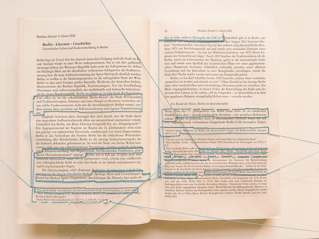book Ardil totalitário