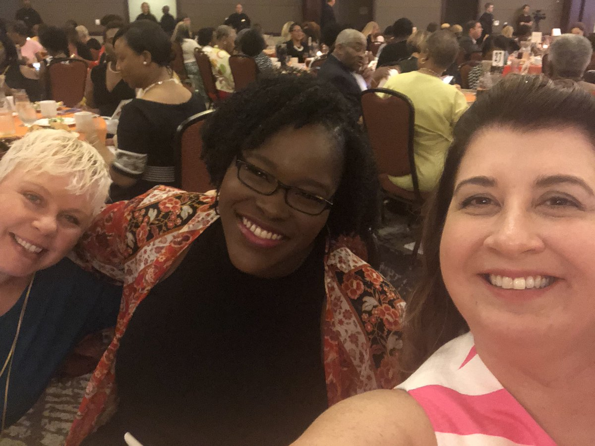 I had an absolute ball this afternoon at the #YWCACharleston #WhatWomenBring event! Great lineup of powerful women speaking truth to power! #empowerwomen #eliminateracism <br>http://pic.twitter.com/zn9oUaZCgj