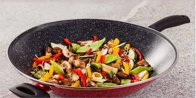 #giochi #savona #birra #wok #atlantide #boutique Questa sera serata giochi speciale accompagnata dal ritorno della WOK!Cucina filo-orientale sana e gustosa!!!Vi aspettiamo!!!  - Ukustom