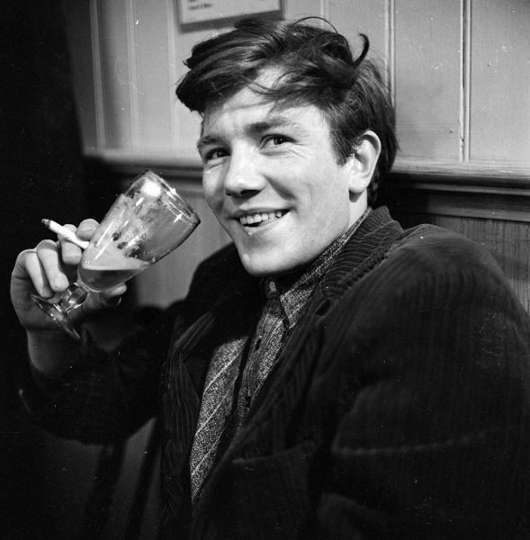 Happy Birthday English actor Albert Finney (May 9, 1936- )