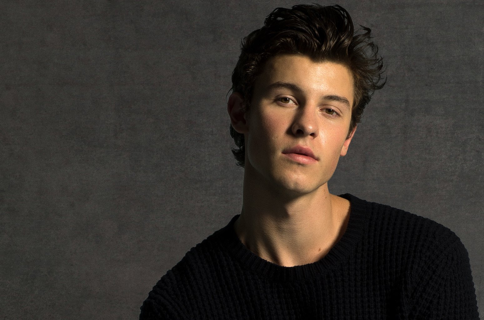 Album of the Week: @ShawnMendes matures on striking self-titled effort https://t.co/Ei3SJPfp6g https://t.co/mnCcquWdJw