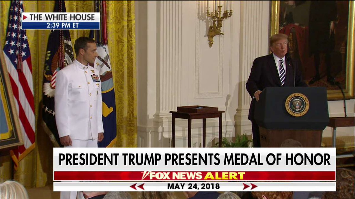 .@POTUS presents Medal of Honor https://t.co/ugizx5cEoR