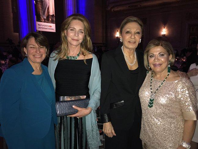 Her Majesty @ShahbanouFarah Pahlavi, Her Majesty @QueenNoor of Jordan, Mrs. #Annie_Totah, &amp; @SenAmyKlobuchar of Minnesota at @RefugeesIntl39th Anniversary Dinner, Washington D.C. April 24, 2018   https:// farahpahlavi.org/news-and-event s/228-refugees-international-39th-anniversary &nbsp; … <br>http://pic.twitter.com/wgjbdss3mD