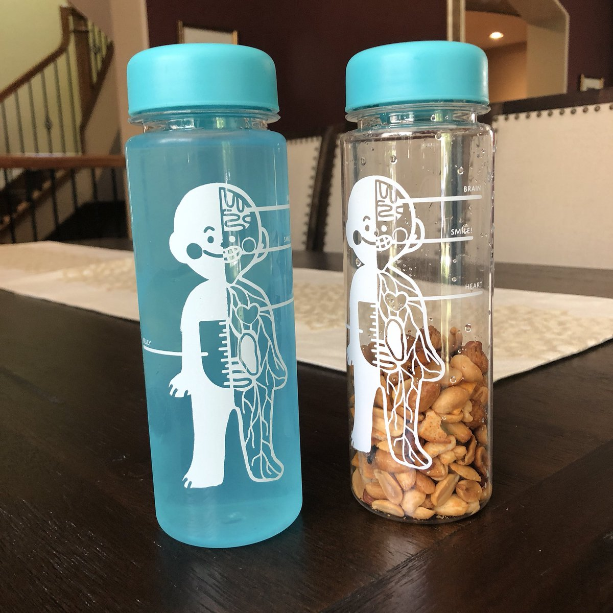 look what else is here!!!! MY WATERBOTTLES!!!! they're BPA free and great for drinks &amp; snacks!!!  <br>http://pic.twitter.com/awLVeAQzrT