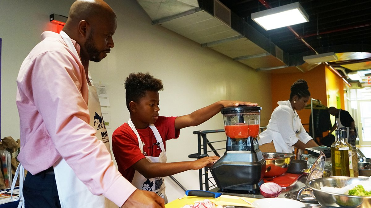 At our next Brooklyn Daddy Iron Chef class this Saturday (5/26), you'll learn how to make healthy food choices from experienced dads. Register: https://t.co/TaN5xjVekG