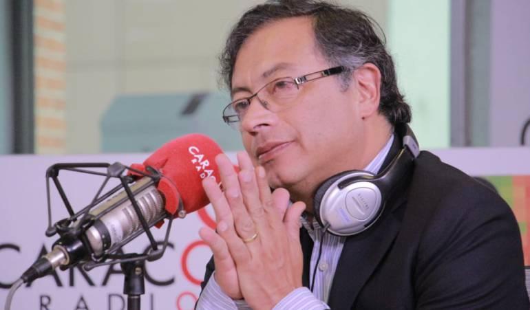 #6AM | @petrogustavo reveló su declaración de renta  ---> #CaracolEsMás #EleccionesColombia https://t.co/vzoO4hlfAy
