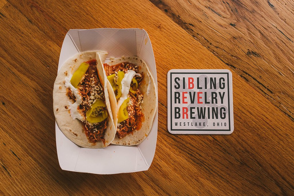 Start your Memorial weekend off right at @sibrevbrew tomorrow! We'll be there serving up Paprikash tacos, the Hungarian Dip sandwich and our traditional Paprikash with Dumplings. #drinklocal #eatlocal #tacos #clefoodie #clevelandfoodiegirl #clecravings #ohiocraftbeer #thisisclepic.twitter.com/shlsG5BkcA