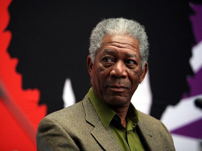 Morgan Freeman accusato di molestie sessuali da 8 donne  https://t.co/vp923J2rTS