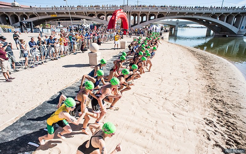 The 4 events that will be contested as part of the 2018 Women's Varsity Collegiate Triathlon season have been set! That includes the National Championship in early November in Tempe, Arizona, the home of 2-time defending champion @sundeviltri #NCAATRI https://t.co/GrNLkihVR5
