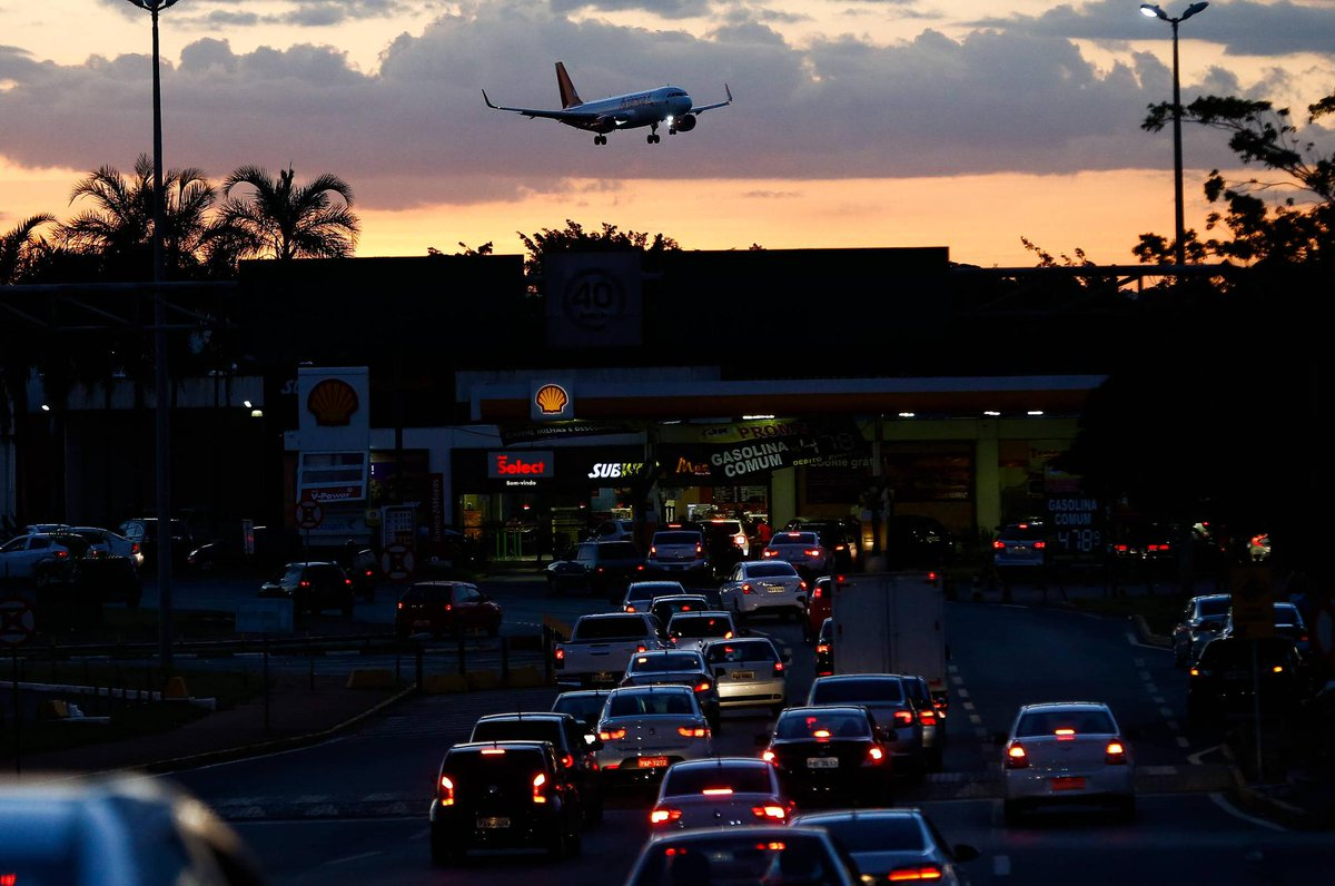 Greve dos caminhoneiros | Aeroportos de Brasília, Goiânia, Ilhéus, Recife e Teresina operam com restrição https://t.co/rqw8xHYEK7