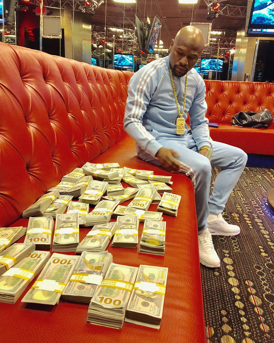 I post pictures like this to motivate my haters to get money.