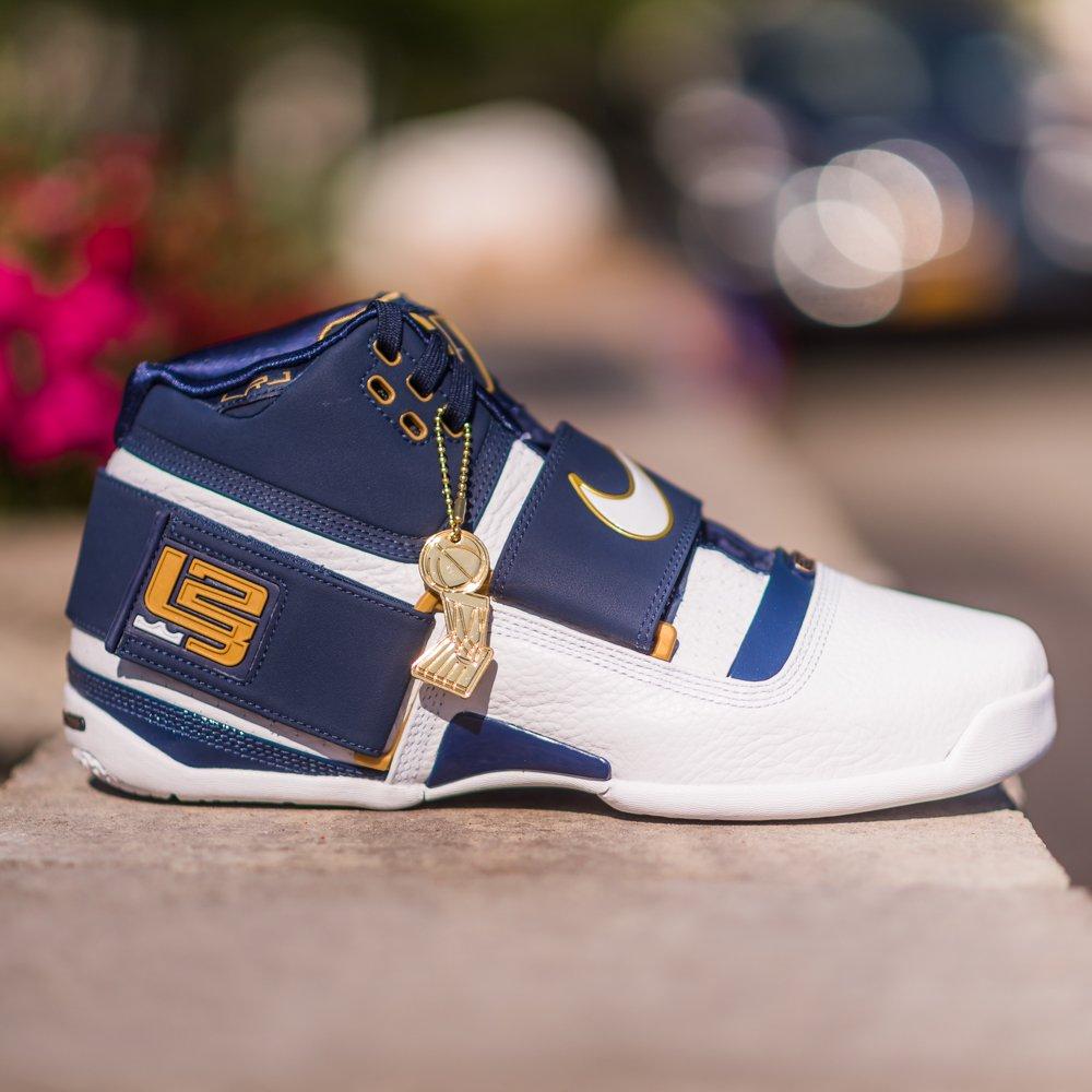 1fefc715198e4 GB S Sneaker Shop on Twitter