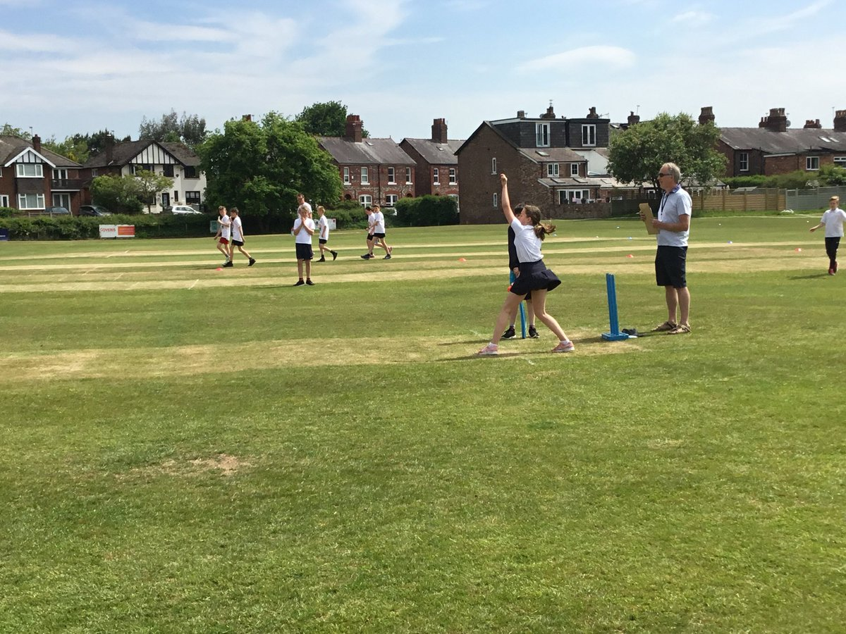 test Twitter Media - Great performances from our Kwik Cricket team this afternoon - exceptional bowling and all round great sportsmanship - results to follow! #gorseype https://t.co/YgGZWEf9Za