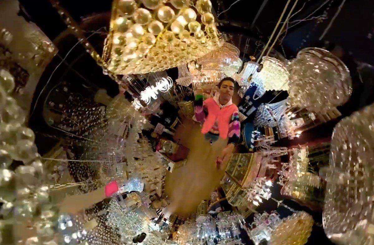 [NEW] Jay Critch & Harry Fraud - Thousand Ways [Music Video] go.shr.lc/2LtRRAL