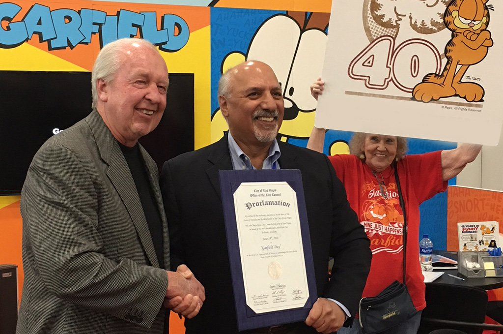#licensingexpo2018 The Office of the City Council of Las Vegas proclaimed June 19, 2018, GARFIELD DAY! Pictured are Jim Davis and Councilman Stavros S. Anthony. @Garfield celebrates 40 years of mirth and girth. #licensingexpo