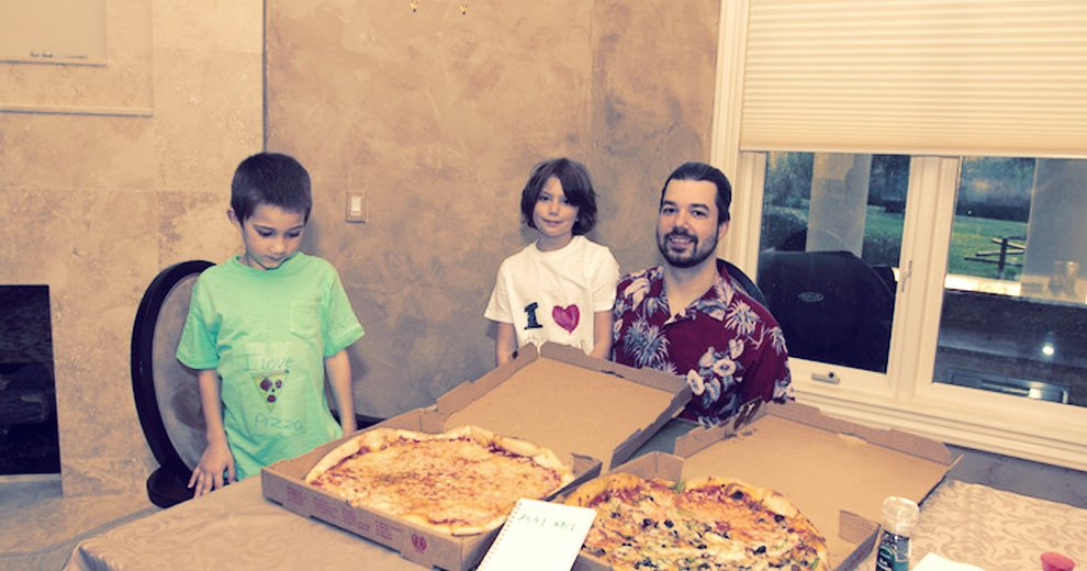 10000 pizza btc)