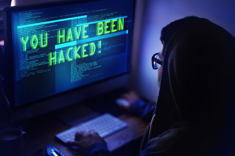 How to keep your computer safe from hackers and cyber attacks  http:// ow.ly/avHU30k2JtH  &nbsp;   #Lemlock #dataprotection #privacy #GDPR #cybersecurity #Personaldata #cybersecuritythreats #cyberawareness #databreach #security #hacker #hacking #cybercriminal @mirror <br>http://pic.twitter.com/hZBAEoKFX6