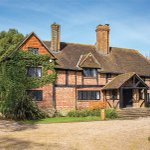 English Manor House Once Home to Actor Oliver Reed to Hit Auction https://t.co/CGSeWVnc9B